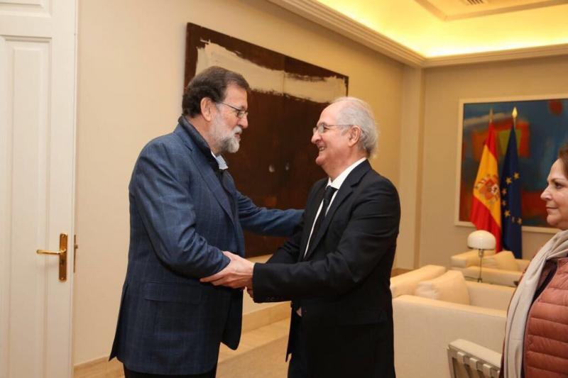 Spanish President Mariano Rajoy with Venezuelan fugitive Antonio Ledezma